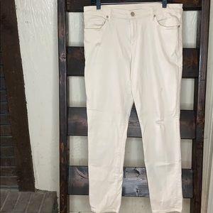 Loft lightweight denim pants.      H1